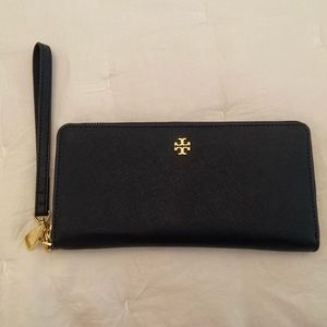 Tory Burch Large ZIP Wallet - Never Used